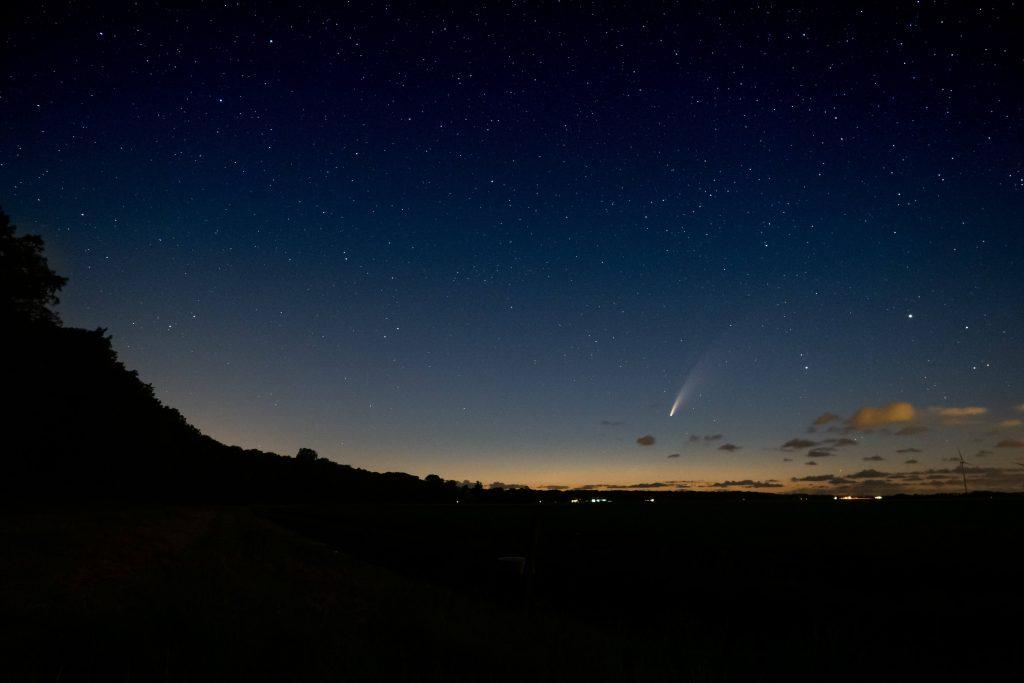 Kometa na niebie