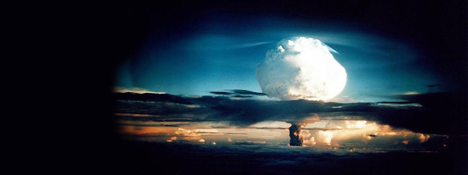 Grzyb bomby jądrowej (wodorowej).